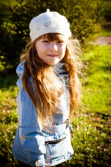 Little Girl In Park In The Autumn Royalty Free Stock Photography