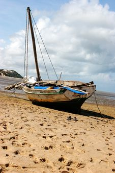Free Boat On The Beach Stock Photography - 354052