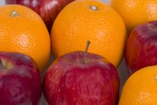 Free Apples And Oranges Royalty Free Stock Photos - 359308