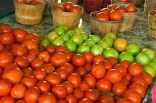 Free Tomato Stand Royalty Free Stock Photo - 3500285