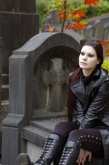 Free Woman In Cemetery Stock Image - 3502891