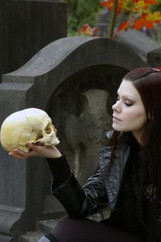 Free Woman In Cemetery Stock Photography - 3502952