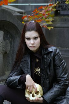 Free Woman In Cemetery Royalty Free Stock Images - 3502999