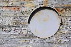 Free Old Iron Porthole On Wooden Royalty Free Stock Images - 35014739