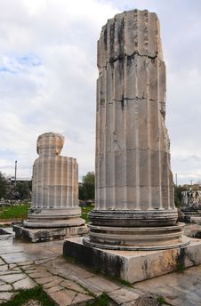 Free Apollo Temple In Turkey Royalty Free Stock Photography - 35048557