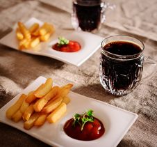 Free French Fries And Sauce Dish With  Kvass Royalty Free Stock Image - 35050666