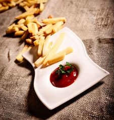 Free Fried French Fries With Red Sauce Ketchup With Linen Background Stock Images - 35051564