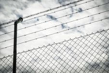 Free Wire Fence Stock Photography - 35056702