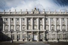 Free Royal Palace Madrid Stock Image - 35057781