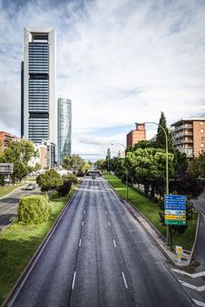 Free Madrid City Royalty Free Stock Photo - 35059005