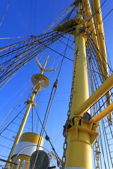 Free Ship Mast Stock Photos - 35062143