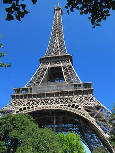 Free Eiffel Tower, Paris Royalty Free Stock Photography - 35077177