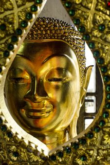 Free Face Of Buddha Royalty Free Stock Photo - 35082585