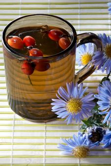 Free Tea Of Hips Royalty Free Stock Image - 3511186
