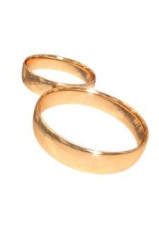 Wedding Gold Rings On White Royalty Free Stock Photos