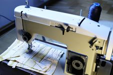 Free Sewing Machine Stock Photos - 3514543