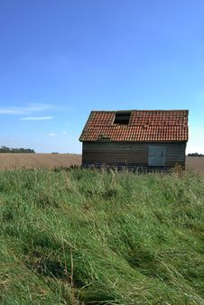 Free Dilapidated Old Shed Royalty Free Stock Photo - 3514955