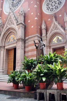 Free Catholicism Monument Royalty Free Stock Image - 3515766