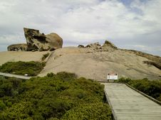 Free Remarkable Rocks Royalty Free Stock Images - 3518539