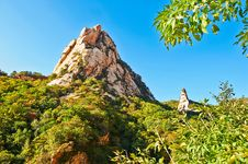 Free Two Peaks Of Zu Mountain Royalty Free Stock Photography - 35106747