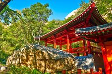 Free The Pavilion Of The Gallery Valley Of Zu Mountain Stock Photos - 35106773