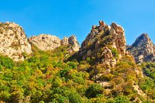 The Autumn Peaks Of Gallery Valley Of Zu Mountain Royalty Free Stock Photo