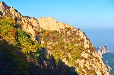 The Autumn Peak Sunset Of Autumn Zu Mountain Stock Image