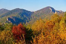Free The Autumn Hills Sunset Of Autumn Zu Mountain Stock Photos - 35107353