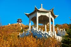 Free The Two Pavilions On The Apsara Peak Of Autumn Zu Stock Image - 35107371