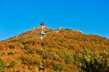 Free Look Up At  The Apsara Peak Of Autumn Zu Mountain Stock Photo - 35107380