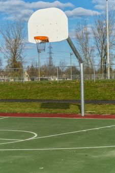 Free Basketball Hoop In Park Stock Photography - 35108592