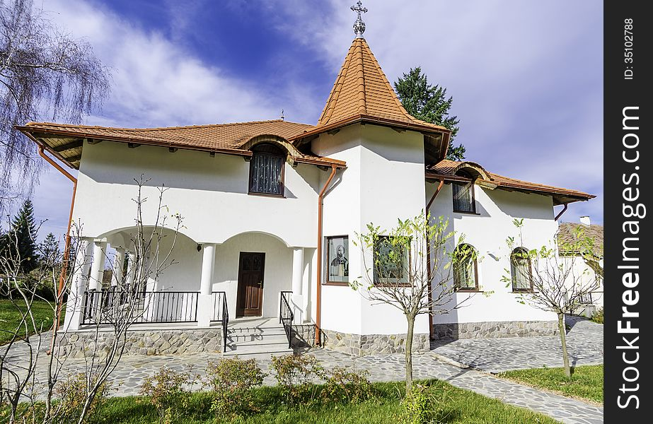Cottage front view &x28;Monastery resort&x29;
