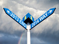 Free 2013 End And 2014 Way Signs Royalty Free Stock Photography - 35117377