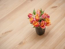 Simple Arrangement From Orange Roses Stock Images