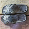 Free Rubber Flip-flops Royalty Free Stock Images - 35134839