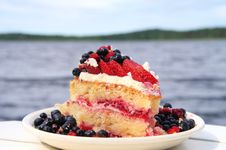Free Summer Cake Stock Photography - 35131452