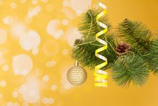 Free Branch Of A Christmas Fir-tree With Ornament Royalty Free Stock Photos - 35150528