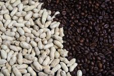 Free Peanuts And Coffee Beans Royalty Free Stock Photo - 35155065