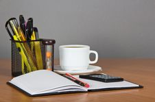 Free Open Notepad, Office Accessories In Support The Stock Photos - 35159283