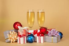 Free Set Of Different Gift Boxes, Toys And Wine Glasses Royalty Free Stock Photography - 35159337