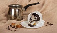Free Thick Coffee In A Cup, The Turk, Cinnamon, Grains Royalty Free Stock Photos - 35162148