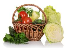 Free Basket Of Vegetables Stock Photo - 35162390