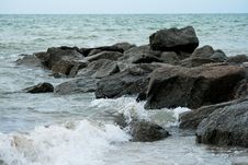Free Sea Rocks Stock Image - 35162471