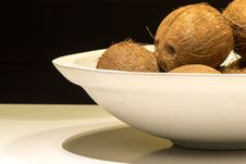 Free Bowl Of Cocounts Royalty Free Stock Photography - 35170557
