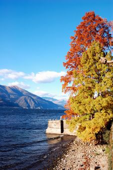 Free Lake Autumn Royalty Free Stock Image - 3524986