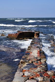 Free Brick Wall And Sea Stock Images - 3526074