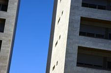 Free Apartment Block 7 Royalty Free Stock Photography - 3528147
