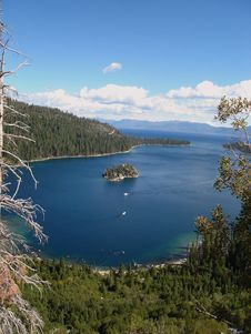 Free Emerald Bay Royalty Free Stock Images - 3528659