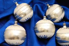 Free Christmas Decorations Stock Image - 3529661