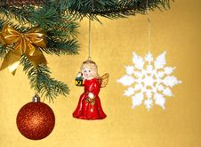 Free Christmas Decorations Royalty Free Stock Photography - 3529897